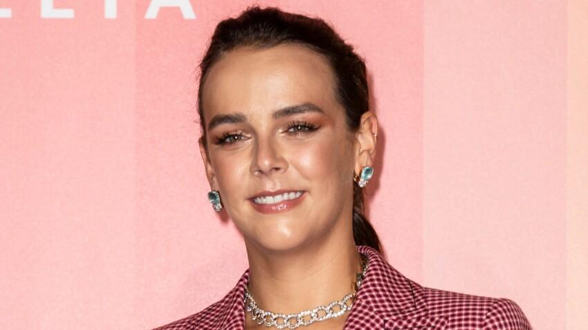 PHOTOS - Pauline Ducruet : la fille de Stéphanie de Monaco  très sexy dans une robe ultra-mini en cuir violet !