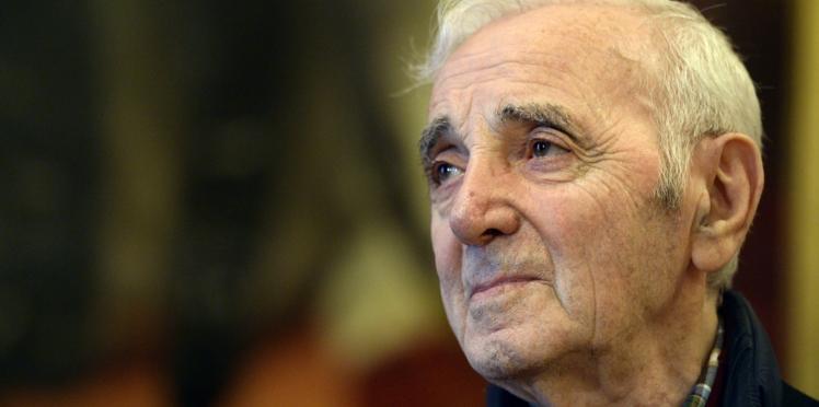 Mort de Charles Aznavour : l'énorme dérapage d'une animatrice qui l'insulte en annonçant son décès