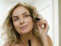 8 mauvaises habitudes beauté à bannir à 50 ans