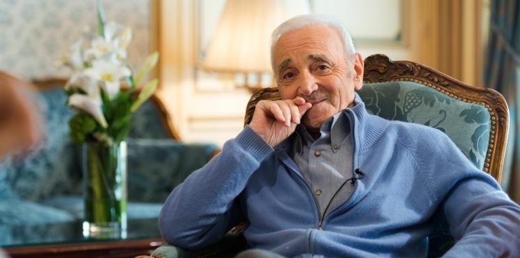 Mort de Charles Aznavour : son idylle secrète avec une star américaine de 23 ans sa cadette