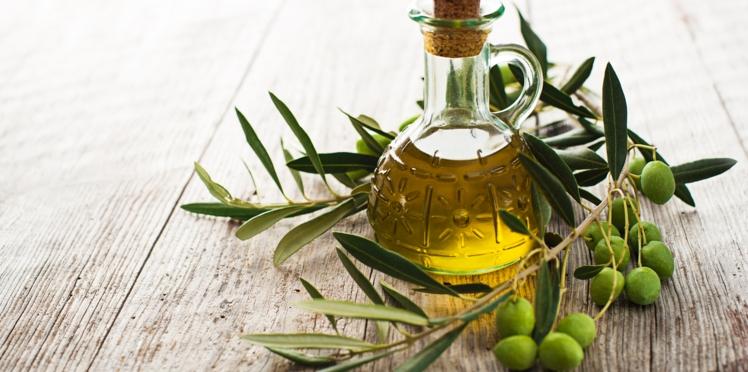 Huile d'olive : 4 recettes beauté pour le visage, le corps et les cheveux à faire à la maison
