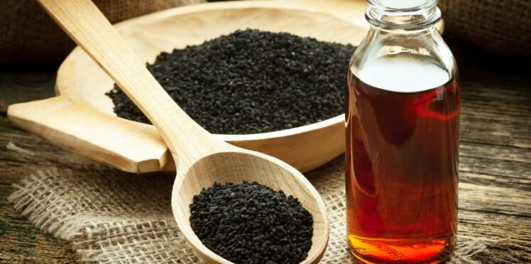 Soin beauté : comment utiliser l'huile de nigelle