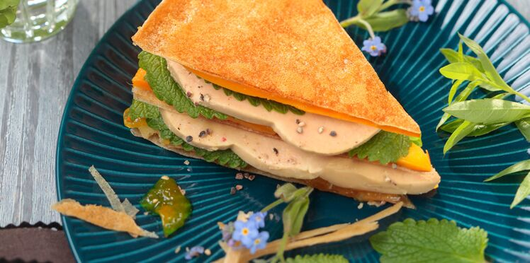 Foie gras mariné en mille-feuilles de brick