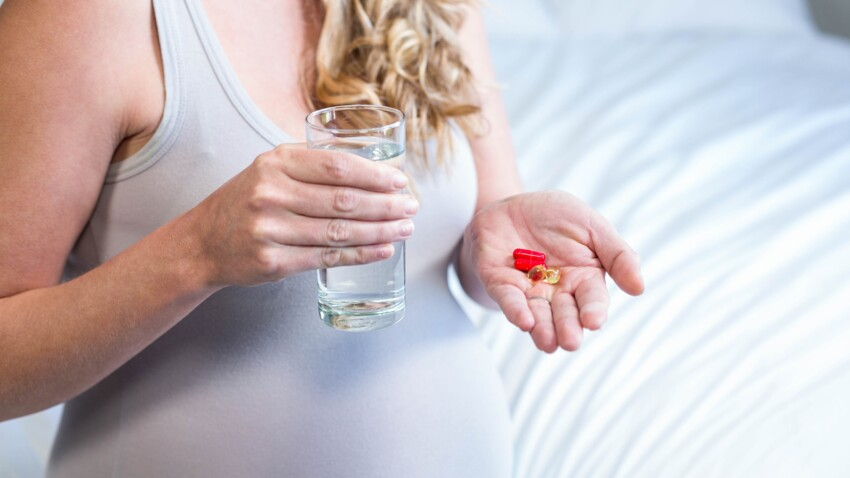 Grossesse : deux nouveaux médicaments désormais interdits aux femmes enceintes