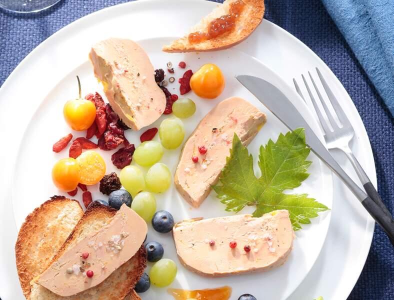 Foie gras mi-cuit, chutney et fruits