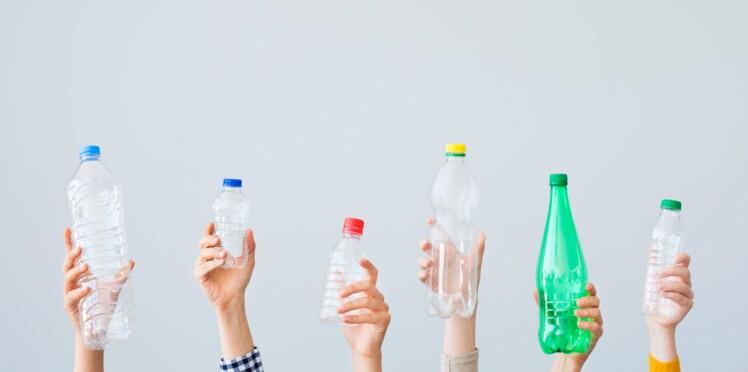 7 id es cr atives pour recycler une bouteille en plastique par daniil le russe femme actuelle. Black Bedroom Furniture Sets. Home Design Ideas