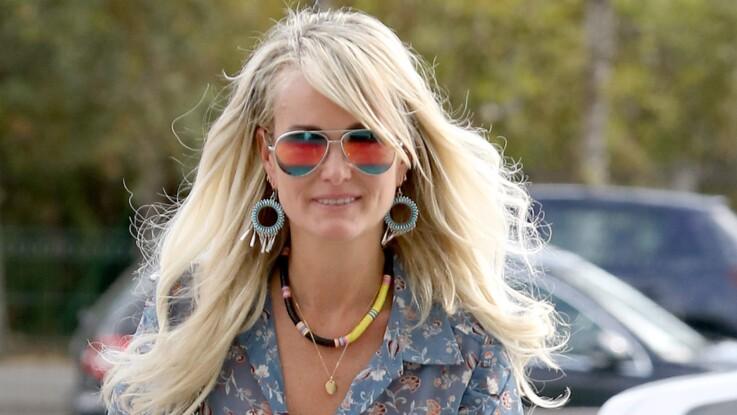 PHOTOS - Laeticia Hallyday : comme Brigitte Macron, elle adopte la tendance métallisée ultra-chic