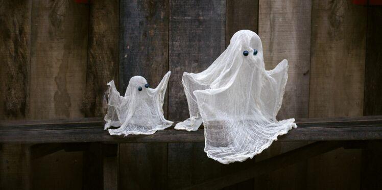 Déco récup' : un fantôme à suspendre pour Halloween