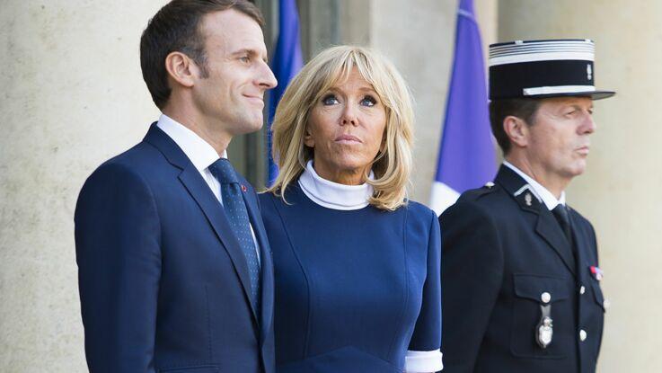 Photos – Brigitte Macron : un look en rouge et noir ultra-chic à Érévan