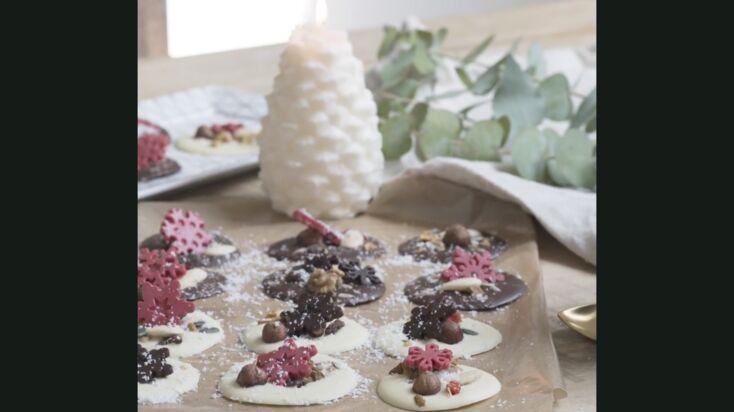 Mendiant en chocolat pour Noël : la recette en vidéo