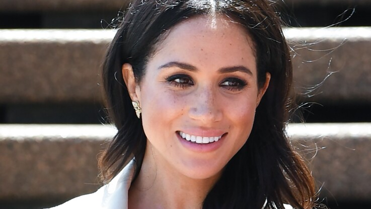 PHOTOS - Meghan Markle en jean et bottines : son look casual chic qui lui va si bien (et son denim déjà en rupture de stock !)