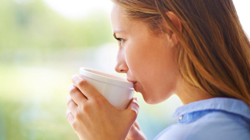 Qu'est-ce que je risque si je bois trop de thé ?