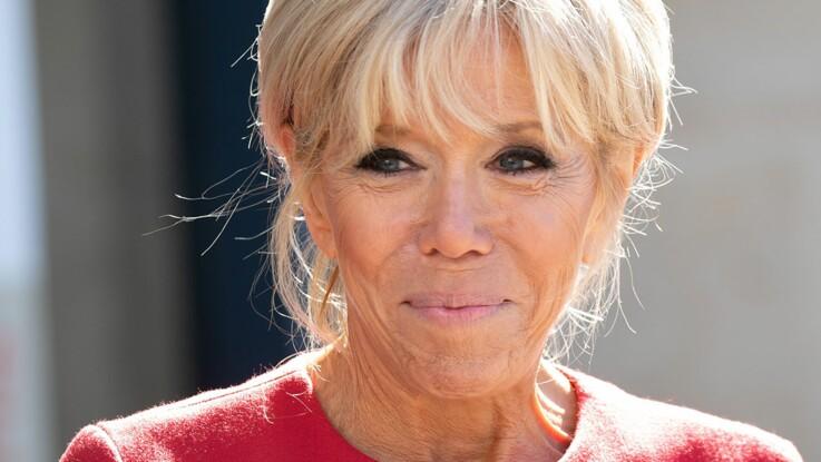 PHOTOS – Brigitte Macron renfile sa veste fétiche (et c'est toujours top !)
