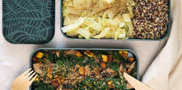 Bowl quinoa, chou-chinois, épinard, tofu grillé et champignons