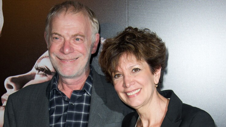 """Thomas Stern, le mari de Catherine Laborde, se livre pour la première fois sur le combat de l'ex-présentatrice contre Parkinson : """"Parfois, ça me gave"""""""