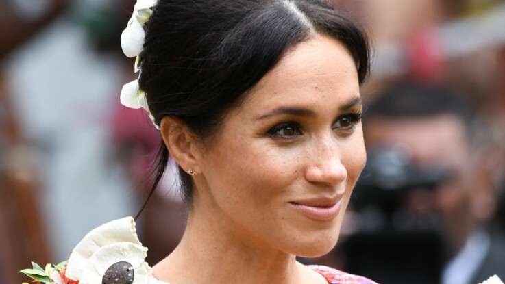 PHOTOS – Meghan Markle, canon dans sa robe folk