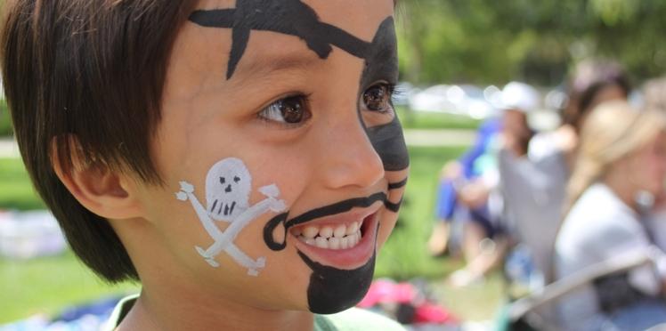 Halloween : un maquillage de pirate terrifiant pour bluffer les enfants