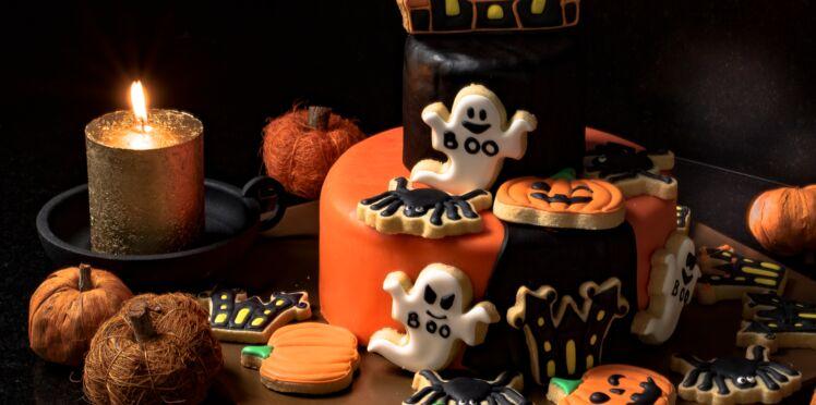 Tuto Halloween : comment décorer un gâteau façon maison hantée