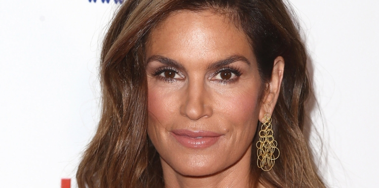 PHOTO - Cindy Crawford s'affiche sans maquillage sur Instagram
