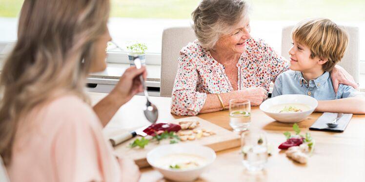 Cuisine : et si on transmettait plus que des recettes ?