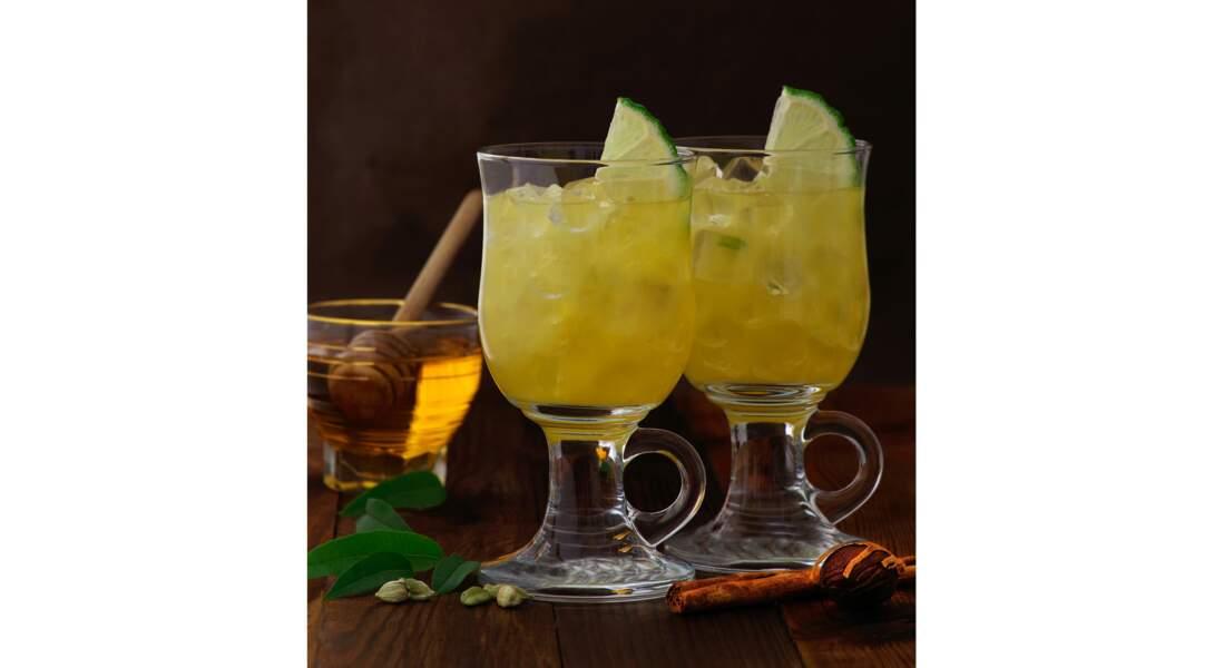 Cocktail Yellow Party au crémant et jus ananas-passion