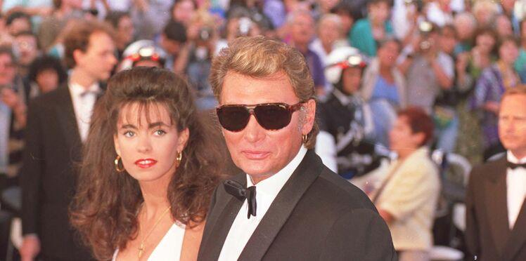 Mort de Johnny Hallyday : combien rapporte la vente aux enchères de ses affaires à Adeline Blondieau