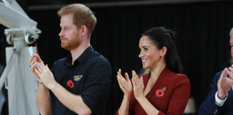 PHOTOS – Meghan Markle, enceinte, et le prince Harry assistent ensemble à un match de basket aux Invictus Games