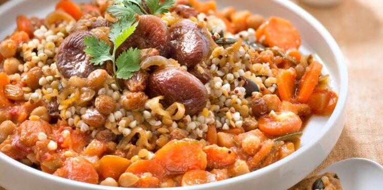 Couscous végétarien de quinoa aux abricots et raisins secs