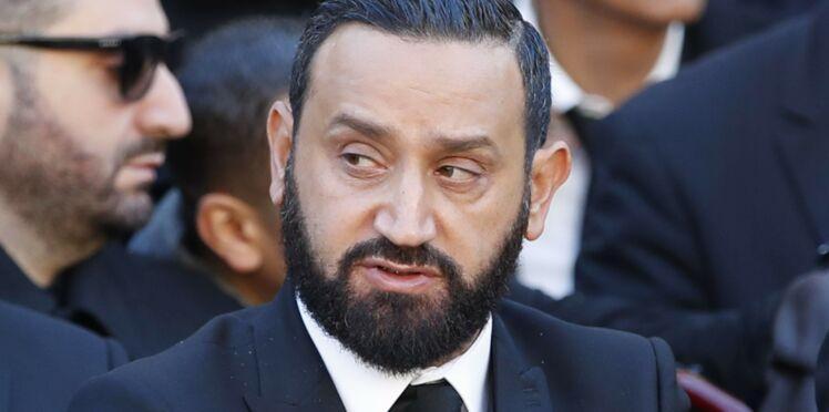 Cyril Hanouna, attaqué par TF1 après avoir diffusé des photos de Karine Ferri nue, réplique