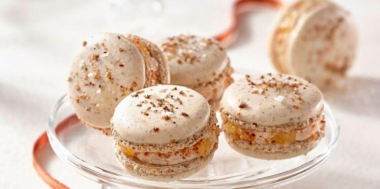 Macarons à la fleur de sel au piment d'Espelette, foie gras mi-cuit et dés de mangue