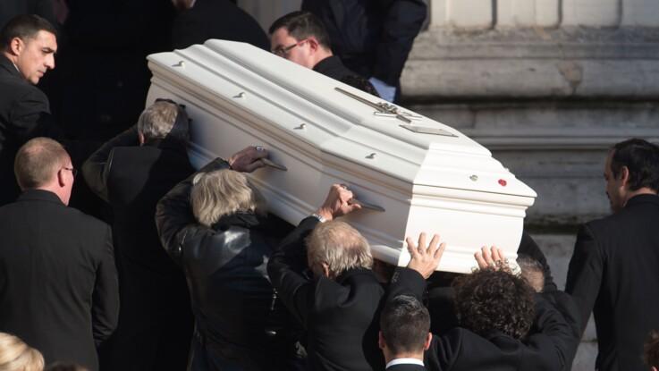 Mort de Johnny Hallyday : la révélation (très glauque) sur le cercueil du rockeur
