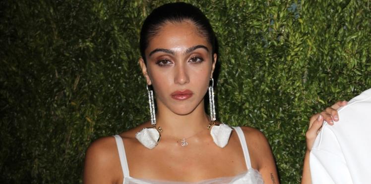 Lourdes, la fille de Madonna, exhibe fièrement ses poils sous les bras