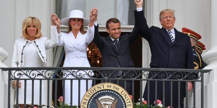 Surréaliste : quand Brigitte Macron incite Melania Trump à embrasser son époux