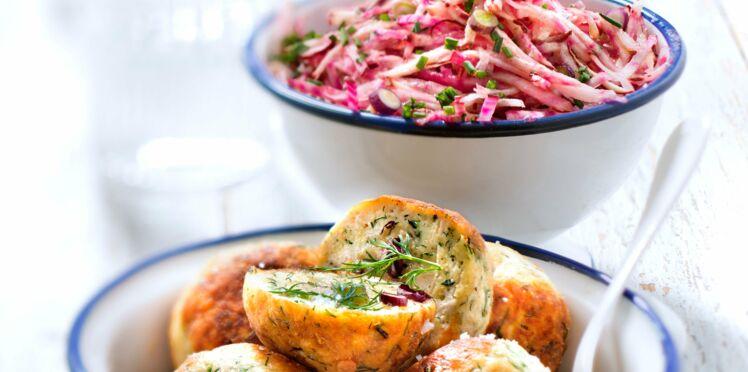 Boulettes de poulet à l'aneth et salade de betterave