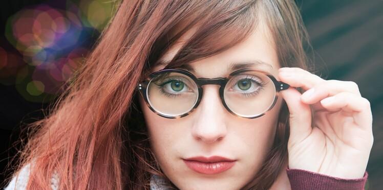 Lumière bleue, protection UV, anti-reflets… nos conseils pour bien choisir ses verres de lunettes