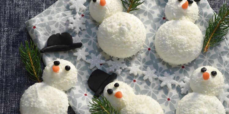 Mignardise de Noël : meringue coco bonhomme de neige