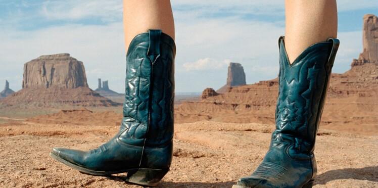 Santiags : comment les porter sans ressembler à un cowboy ? Nos conseils et coups de coeur de la saison
