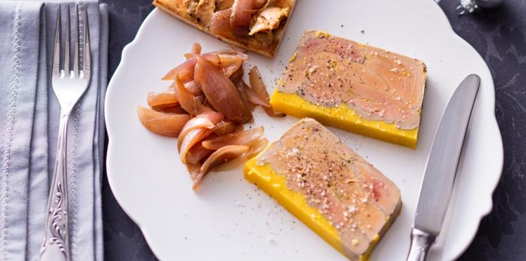 Terrine de foie gras au confit d'oignons