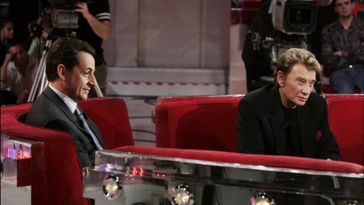 """Johnny Hallyday : quand il """"harcelait"""" Nicolas Sarkozy pour régler ses problèmes d'impôts"""