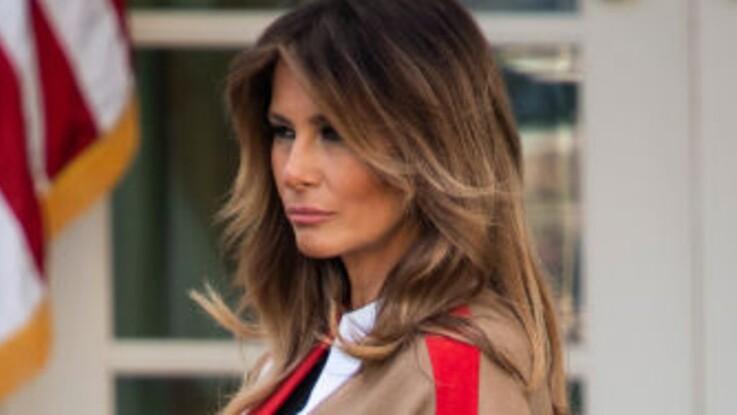 PHOTOS - Melania Trump en mode cuissardes et couleur tendance de la saison : elle surprend avec son look ultra-moderne (c'est canon !)