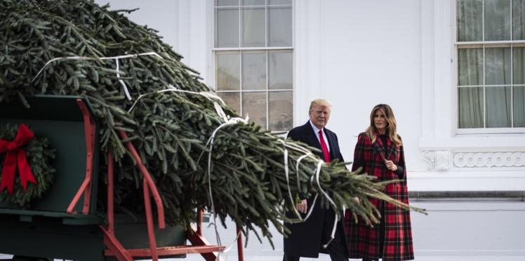 Photos - Melania Trump moquée par les internautes après avoir dévoilé  ses décorations de Noël