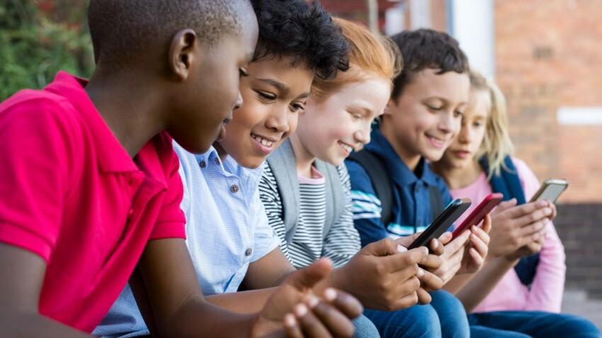 A quel âge acheter un téléphone portable à son enfant et quelles règles lui imposer ?