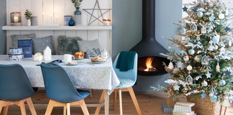 Idees Deco Noel 2018 Un Sapin En Bleu Polaire Femme Actuelle Le Mag