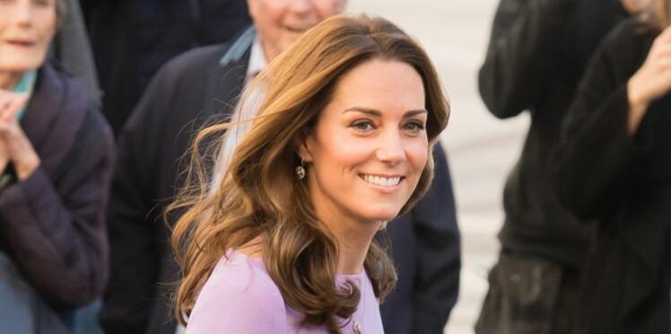 Cheveux : le nouvel accessoire de Kate Middleton, ringard ou stylé ?