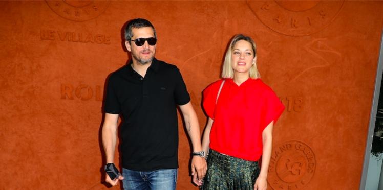 """Marion Cotillard : pourquoi elle traite son mari Guillaume Canet de """"taré"""""""