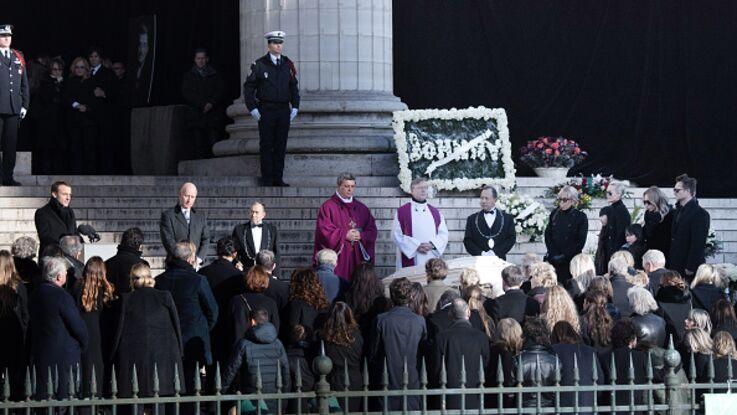 Mort de Johnny Hallyday : l'Elysée refuse de payer les obsèques nationales du rockeur