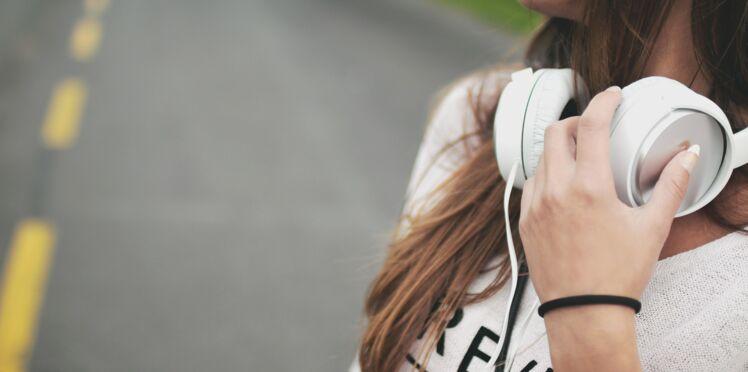 5 podcasts à faire écouter à son ado