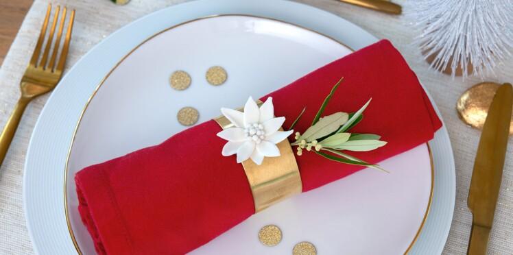 Un rond de serviette edelweiss pour Noël