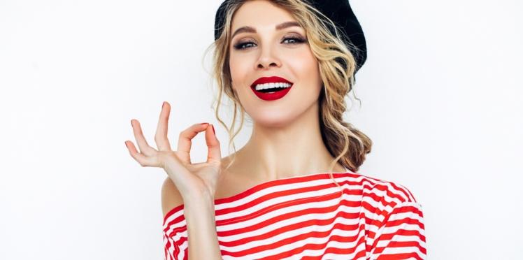 VIDÉO - Comment réparer un rouge à lèvres cassé ?
