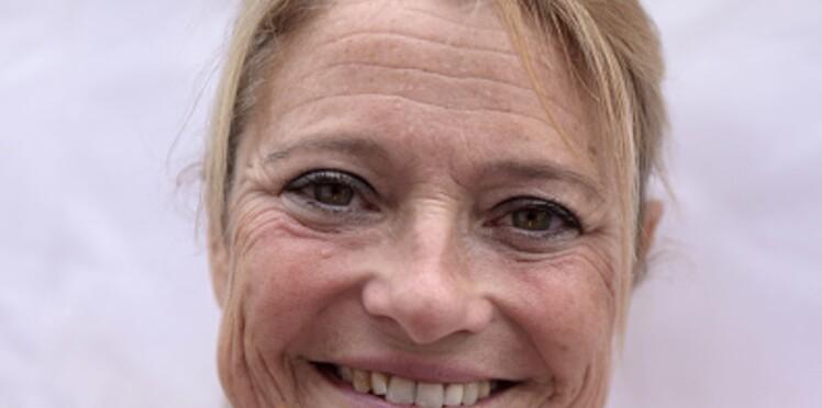 Marina Carrère d'Encausse révèle le geste qui l'a sauvée pendant un grave accident de voiture